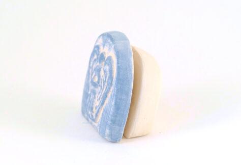 Kartenhalter Engel weiß Keramik seitlich