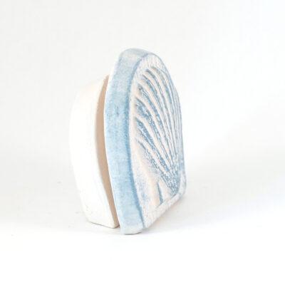 Kartenhalter Muschel weißer Ton seitlich